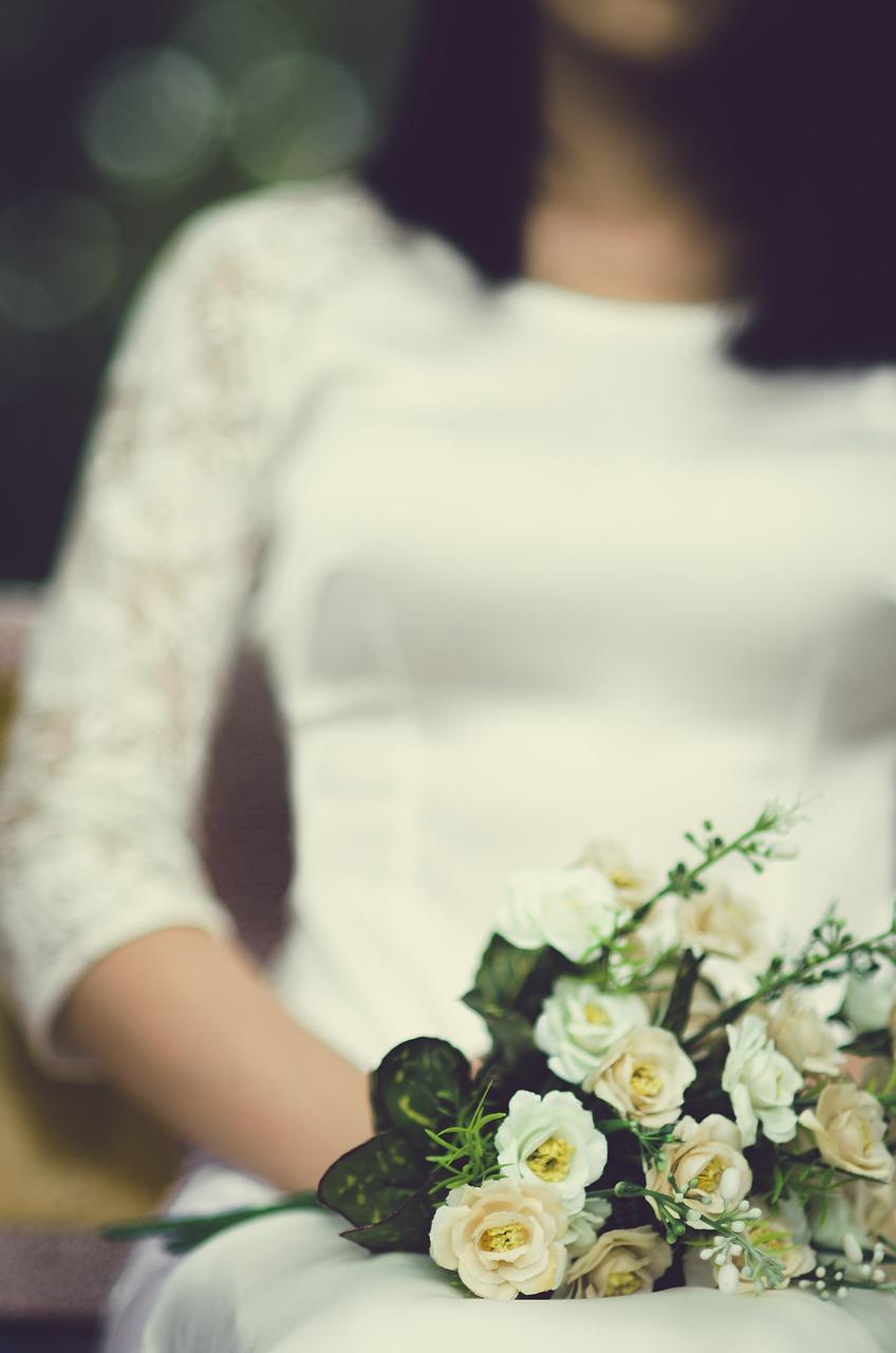 Pracownia, szycie sukien ślubnych Radom. Jak znaleźć idealną suknię ślubną?